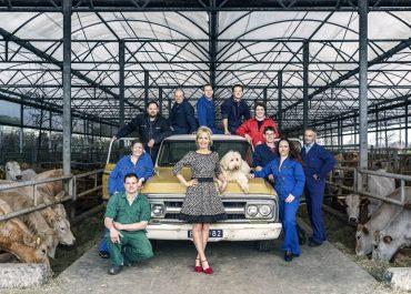 Boer-Zoekt-Vrouw-Groepsfoto
